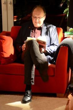 """2. Wohnzimmerlesung 2017 - Oliver Buslau las aus seinem Buch """"Wahn"""""""