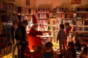 Der Nikolaus war in der Bücherei
